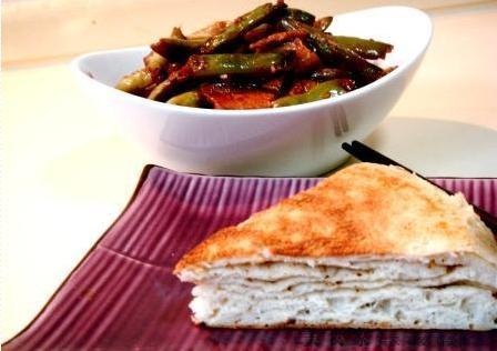 山东大锅饼,猪肉焖扁豆!完美