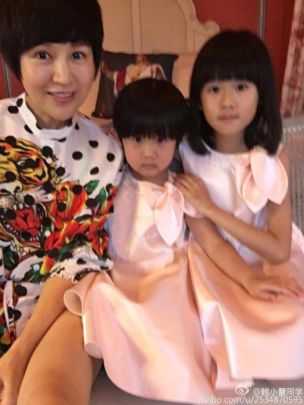 陆毅鲍蕾结婚十周年 贝儿与妹妹超可爱