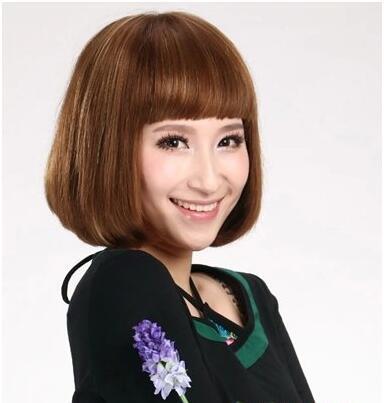11款女士沙宣短发烫发造型,尽显活泼与优雅的时尚魅力